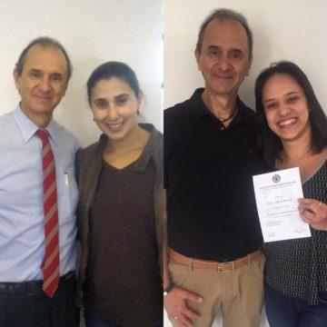 As sócias Neliene e Taísa recebendo suas certificações no métdo Mckenzie